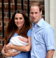 Royal Baby FIRST PICTURES - PHOTOS of Kate Middleton Son with Prince William