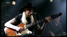 JOHNNY WINTER & ERIC SARDINAS - Mojo Boogie - Nov. 2010 [HD] *re-upload