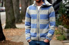Émilien by Ariane Caron-Lacoste - men's seamless cardigan in worsted weight wool + zipper + hood + pockets + stripes Lacoste, Indie, Men's Day, Summer Sweaters, Hooded Cardigan, Stockinette, Knitting Patterns, Sweater Patterns, Knitting Projects