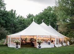 Classical Tents put up a Sailcloth tent at the Wake Robin Inn. Photo Cred: Rebecca Yale Portraits
