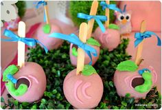 chocolate apple Chocolate Covered Apples, Caramel Apples, Carmel Candy, Gourmet Candy Apples, Cute Candy, Cookie Pops, Candy Making, Party Treats, Apple Recipes