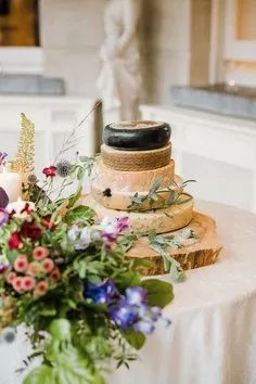 cheese wedding cake! Got Married, Getting Married, Fly To Thailand, Best Man Duties, Perfect Wedding, Our Wedding, Wedding Cake Alternatives, Traditional Wedding Cake, Cakes And More