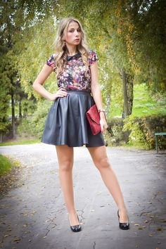 www.streetstylecity.blogspot.com Fashion inspired by the people in the street ootd look outfit sexy legs heels high girl leather skirt miniskirt