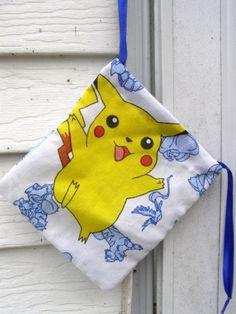 POKEMON Pikachu Geek Bag aus Vintage Stoff für Gaming-Karten