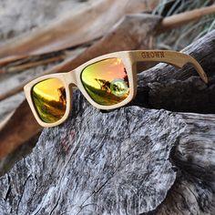 d6adc480c6a Bahadır Wollis Çamtarz giyim · Kicker Stained Bamboo Sunglasses With Gold  Lenses Oakley Güneş Gözlükleri