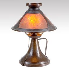 Benedict Studio (1907-1920) - Desk Lamp. Hammered Copper Lamp Base with Hammered Copper & Mica Shade. East Syracuse, New York. Circa 1910.