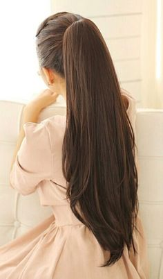 Long Hair Care Basics for Beautiful, Long, Healthy Hair. About Long Hair Care. It's pretty common to hear that in order to grow long hair, you just stop cutting it. Long Hair Ponytail, Long Ponytails, Ponytail Hairstyles, Pretty Hairstyles, Girl Hairstyles, Beautiful Long Hair, Gorgeous Hair, Haircuts For Long Hair, Very Long Hair