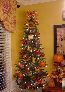 Great idea for Thanksgiving!...& after TG dinner--> decorated it for Christmas!!