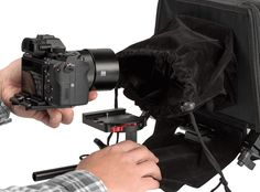 The new EV3 Quick Release Baseplate pairs perfectly with the PT-Elite Version 2. In addition to allowing you to quickly add/remove your camera, it can also adjust to different camera sizes. The Mirrorless Sony A7s, Canon 5D DSLR and Panasonic DVX200 Camcorder are among the many options you have with this teleprompter.