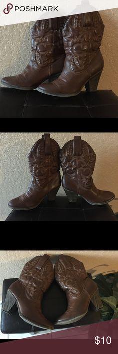 """Brown boots, mid calf. 3 1/2""""heel. MIA girl Sz10 Women's Mid Calf Boots MIA Shoes Heeled Boots"""