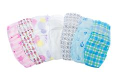 Are you an eco-minded mom looking for all-natural baby items? The Bump baby registry guide will help you find registry must-haves that fit your earth-friendly ethos. Honest Company Diaper Bag, Honest Diapers, Baby Registry Must Haves, Diaper Brands, Free Diapers, Real Moms, Baby List, Wishes For Baby, Traveling With Baby