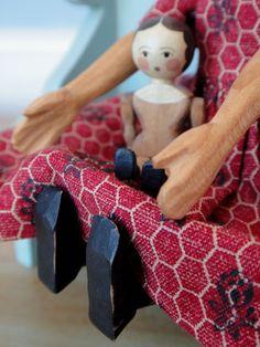 Rowan Hardwood Hitty Doll Carved by Janet Denton Cordell Dress by Kay Demattei | eBay