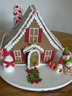 Ginger Bread house!  ::Will do one every year now!  Maybe even find more occasions than just Christmas...