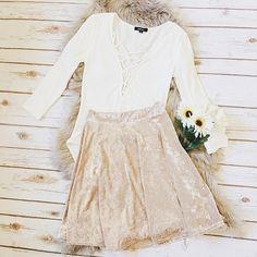 df57588f9f5 Velvet Skirt 90% Polyester 10% Spandex Made in USA Pictured  Size Small  Velvet