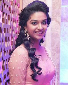Keerthi Suresh at Remo First Look Launch Beautiful Girl Indian, Most Beautiful Indian Actress, Beautiful Actresses, Men's Fashion, Fashion Week, Fasion, Indian Fashion, South Actress, South Indian Actress