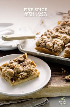 This crumble bars recipe is stuffed with apples and pecans and warmly spiced with organic five spice powder and cinnamon.