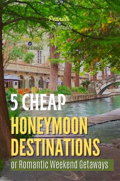 Whether you are married and looking for an inexpensive romantic getaway, or you are a soon-to-be newlywed, check out our top picks for cheap honeymoon destinations here in the US. We chose these destinations because they are perfect for couples with a variety of interests and they are affordable options, especially for people living in different regions who are looking to travel closer to home. #Honeymoon Romantic Weekend Getaways, Romantic Getaway, Travel Checklist, Travel Advice, Cheap Honeymoon Destinations, Road Trip Planner, Cheap Travel, Pretzels, Travel Couple