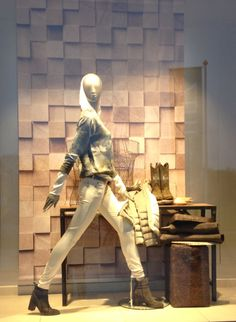 """LUTZ,Vinkeveen,The Netherlands, """"I'm walking away from the troubles in my life I'm walking away  Oh, to find a better day"""", lyrics by Craig David, display by Ursula de Vreede, pinned by Ton van der Veer"""