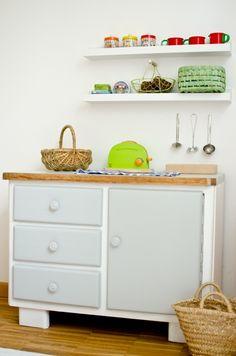 Upcycling einer alten Kommode als DIY Küchenschrank für die Kinderküche