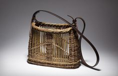 foraging_basket