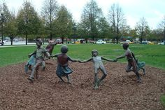 sculpture children park - Google'da Ara