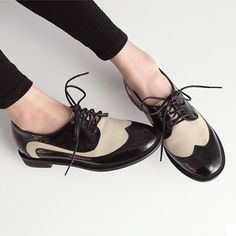 Cream Lace Ups Oxfords - Androgynous Brogues