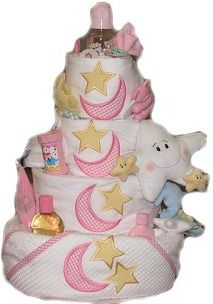 {Step-By-Step Instructions: Diaper cakes are an extremely popular staple at baby showers} Cute Baby Shower Ideas, Baby Shower Themes, Baby Shower Decorations, Diy Diaper Cake, Nappy Cakes, Baby Shower Diapers, Baby Shower Cakes, Diaper Cake Instructions, Free Baby Shower Printables