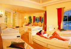 Wellnessresidenz Schalber Serfaus - Raum der Stille Top Hotels, Luxury Hotels, Superior Hotel, Wellness Spa, Hotel Spa, Spas, Bunk Beds, Beautiful Places, Two By Two