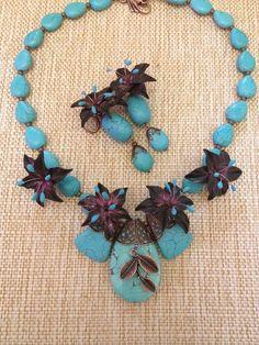 Photo tutorial for earrings, bracelet, ring and necklace from Kopilka.  Украшение с шоколадными лилиями