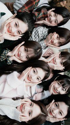 Fromis_9 Kpop Girl Groups, Korean Girl Groups, Kpop Girls, I Love Girls, Cool Girl, Im Falling For You, Girl Bands, Popular Music, Ulzzang Girl