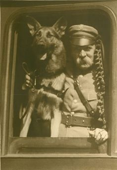 Józef Piłsudski Polish Government, Army History, Polish People, Eurasian Steppe, Historian, Retro, Vintage Photos, Celebrities, Cute