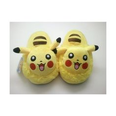 Pikachu Slippers (59 BRL) ❤ liked on Polyvore featuring shoes, slippers, pajamas and sleepwear