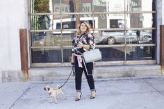 Sleek, cuffed dark-rinse denim and a big-print blouse are the most stylin' dog-walking outfit ever. http://thestir.cafemom.com/beauty_style/188731/new_fall_ava_viv_plussize