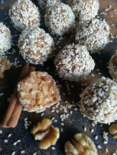 Καρυδόμελο - Συνταγές - BigMama Cooks Muffin, Food And Drink, Breakfast, Morning Coffee, Muffins, Cupcakes