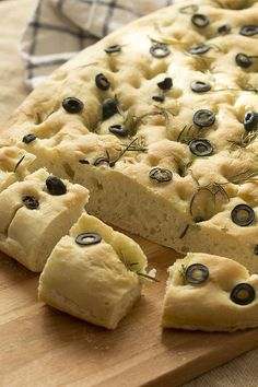 Focaccia al romero. Pain Thermomix, Thermomix Bread, Cooking Time, Cooking Recipes, Gula, Pan Bread, Italian Recipes, Food Inspiration, Sweet Recipes