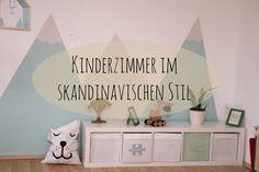 Ein Kinderzimmer im Skandinavischen Stil mit Bergen aus Pastelltönen und hellen freundlichen Möbeln. Mit kurzem Do it Yourself Tipp für die Berge.