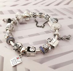 Have any #summer travel plans? We've got the perfect selection of souvenirs! #PANDORATexas #PANDORAbracelet