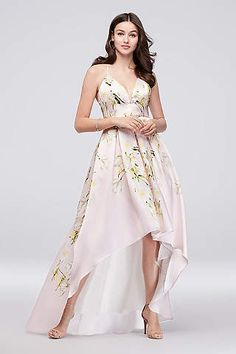 c79af27fdaef Searching for perfect wedding guest dresses  David s Bridal offers stunning  dresses for weddings in maxi