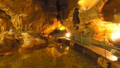 Les Grottes de Baume: Voyage au centre de la terre! Painting, Caves, Earth, Travel, Law School, Painting Art, Paintings, Drawings