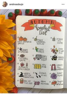 halloween bullet journal The weather is cooling and Halloween is approaching, that means that it is fall! Here is a compilation of over 30 Autumn-inspired bullet journal layout