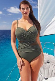 The 21 Best Plus-Size Swimsuits to Wear This Summer &; Best Slimming Suit by Tropiculture from InStyl&; The 21 Best Plus-Size Swimsuits to Wear This Summer &; Best Slimming Suit by Tropiculture from InStyl&; Sonia Cruz […] outfits comfy summer plus size Plus Size Bikini Bottoms, Women's Plus Size Swimwear, Curvy Swimwear, One Piece Swimwear, Swim Suit Plus Size, Swimsuits For Curves, Xl Mode, Burberry Trenchcoat, Outfits Plus Size
