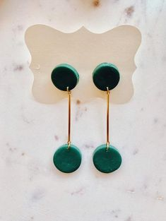 AYLA- Green Clay Earrings/Modern Abstract Dangles Design/Lightweight Dangle and Drop Hypo-allergenic/ Statement Earrings/ Gift for her Diy Clay Earrings, Polymer Clay Jewelry, Resin Jewelry, Jewelry Crafts, Green Earrings, Statement Earrings, Jewellery, Polymer Clay Projects, Biscuit