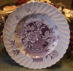 Clarice Cliff Purple Transferware Plate