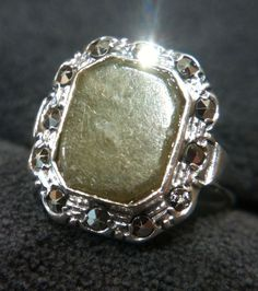 Vintage SOLID 925 Sterling Silver Green Marble Connemara Ring Ireland size 7 #ISJ #SolitairewithAccents