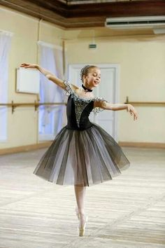 rehearsal at Vaganova Ballet Academy