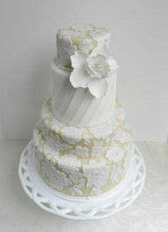 These amazing wedding cakes have drawn us in with their exceptional details. Getting creative with your cake design is a wonderful way to showcase your personal touch in your wedding. White Wedding Cakes, Wedding Desserts, Lace Wedding, Purple Wedding, Floral Wedding, Pretty Cakes, Beautiful Cakes, Amazing Cakes, Bridal Shower Cakes