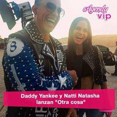 """#mulpix El artista urbano Daddy Yankee se unió a Natti Natasha para crear la canción """"Otra Cosa"""". El sencillo fue lanzado oficialmente  a nivel mundial en todas las emisoras de radio y plataformas digitales.  Este tema formará parte del álbum """"La Súper Fórmula"""", compilación de Pina Récords, aunque Yankee espera poder añadirla a su próxima producción discográfica.   #DaddyYankee  #NattiNatasha  #Otracosa"""