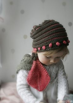 Ravelry: Scarf and hat set Emma pattern by Muki Crafts
