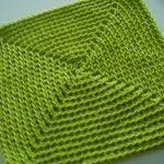 Single crochet square in the round