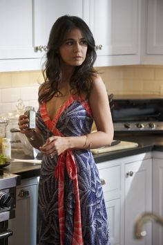 sloan from entourage...i had a girl crush on her because of her outfits.